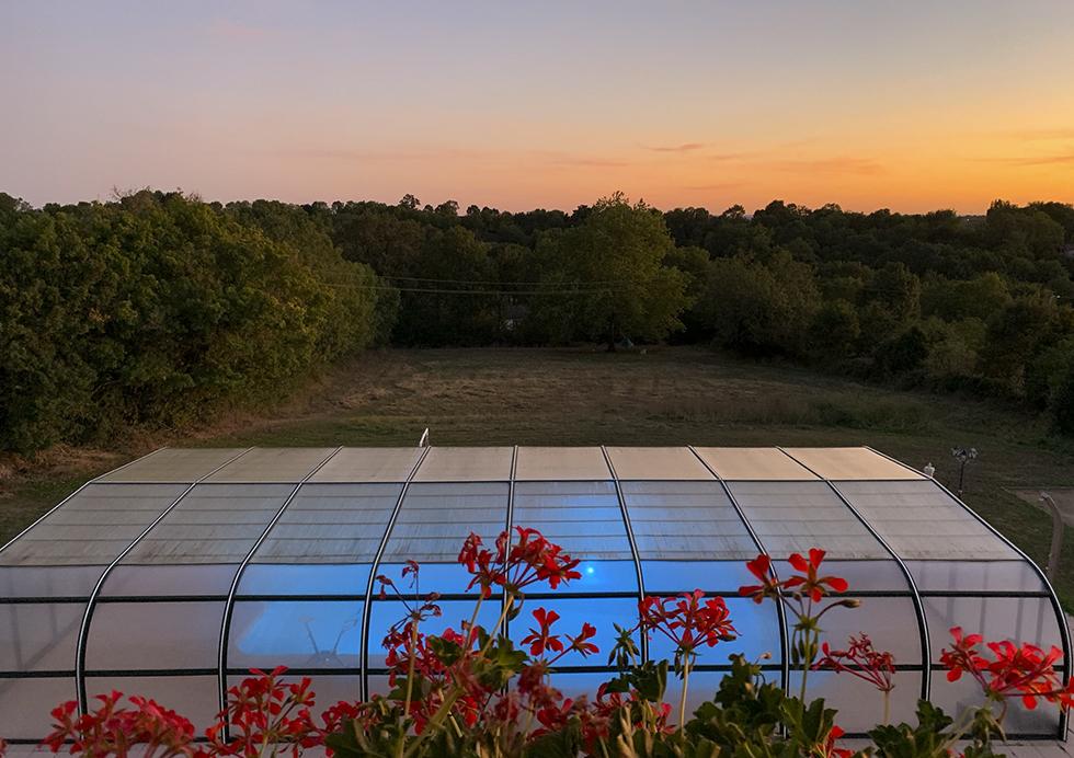 Coucher de soleil piscine - Gîte et Chambres d'hôtes Tourisme Deux-Sèvres Marais Poitevin