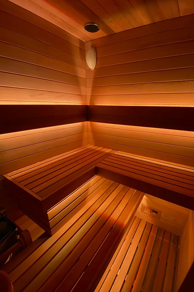 sauna-vertical-v2